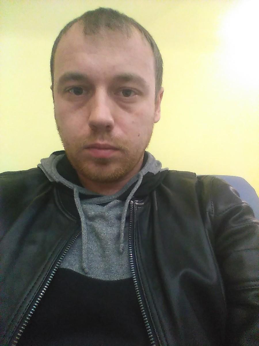 Знакомства Ханты-Мансийск, фото мужчины Антон, 35 лет, познакомится для флирта, любви и романтики, cерьезных отношений