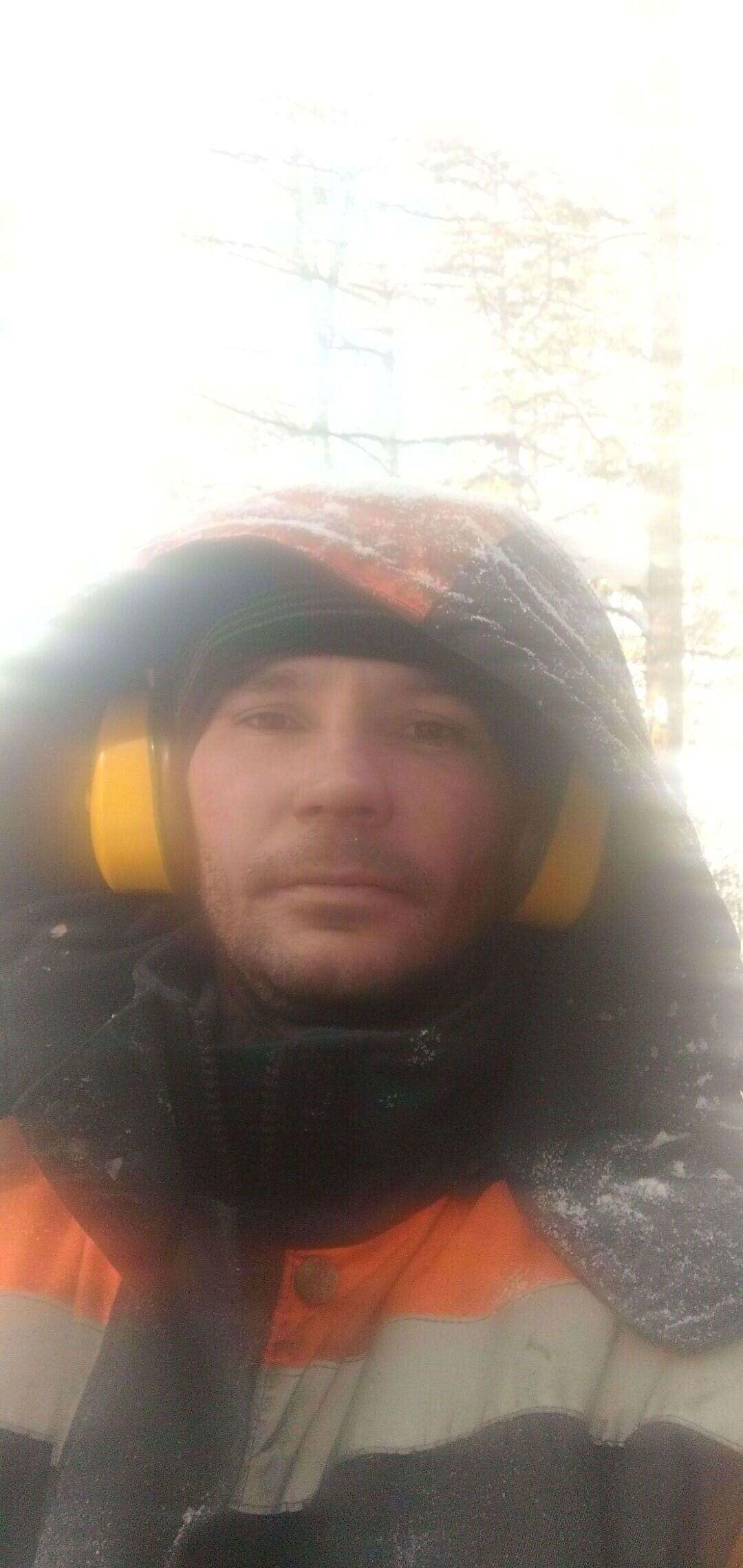 Знакомства Славгород, фото мужчины Дмитрий, 35 лет, познакомится для флирта, любви и романтики, cерьезных отношений