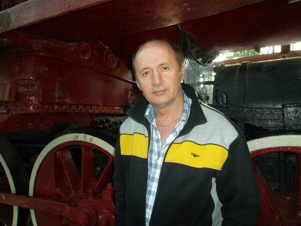 Знакомства Челябинск, фото мужчины Владимир, 53 года, познакомится для флирта, любви и романтики, cерьезных отношений