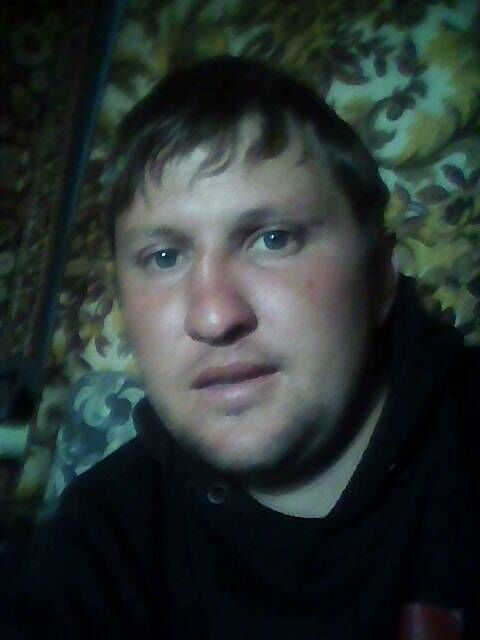 Знакомства Лисаковск, фото мужчины Анатолий, 27 лет, познакомится для флирта, любви и романтики