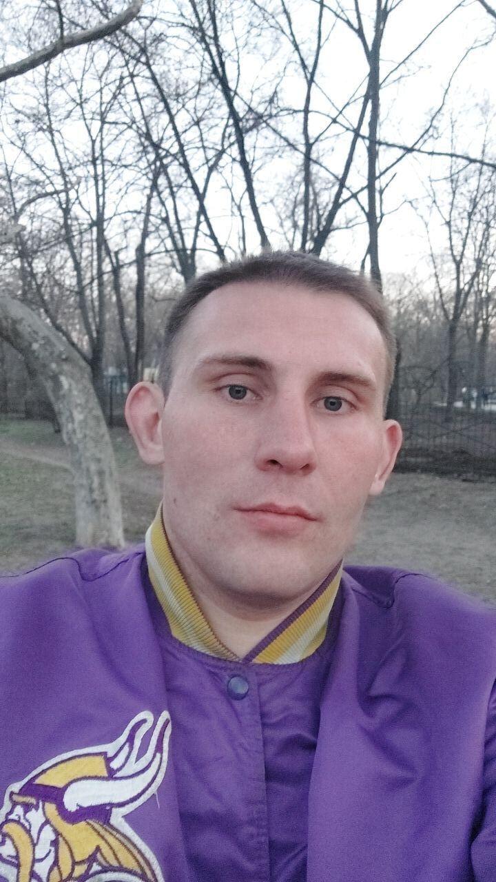 Знакомства Одесса, фото мужчины Паша, 29 лет, познакомится для флирта, любви и романтики