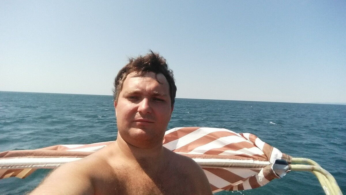Знакомства Симферополь, фото мужчины Константин, 33 года, познакомится для флирта, любви и романтики, cерьезных отношений