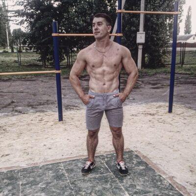Фото мужчины adidas, Душанбе, Таджикистан, 23