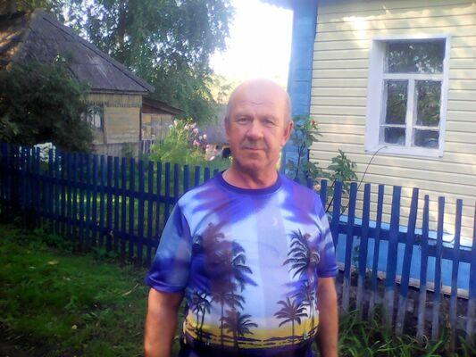 Знакомства Черемисиново, фото мужчины Леонид, 57 лет, познакомится для флирта, любви и романтики, cерьезных отношений