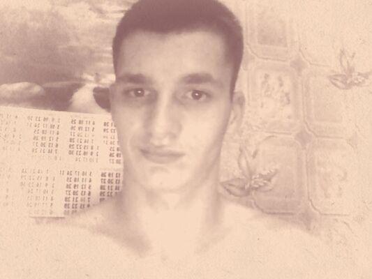 Фото мужчины Роман, Луганск, Украина, 22