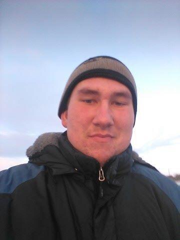 Знакомства Саяногорск, фото парня Александр, 22 года, познакомится для флирта, любви и романтики, cерьезных отношений