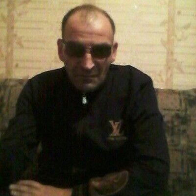 Знакомства Краснодар, фото мужчины Овик, 48 лет, познакомится для флирта, любви и романтики, cерьезных отношений
